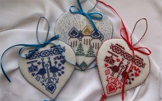 Сувенирные изделия с вышивкой 5